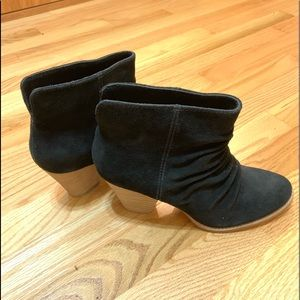 Splendid Rodeo Black Suede Booties Size 7